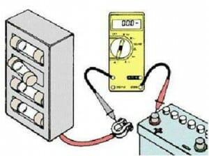 ولتاژ-باطری