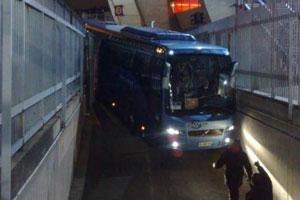 تصادف-اتوبوس-تیم-چلسی
