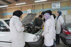 سرويس-و-نگهداري-محصولات-ايران-خودرو