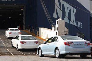 زیان واردکنندگان به دلیل ورود خودروهای لوکس