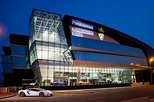 افتتاح بزرگترین مرکز جهانی لامبورگینی در دبی
