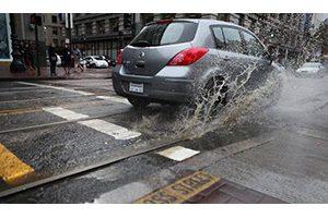 عجیب و غریب ترین قوانین رانندگی جهان