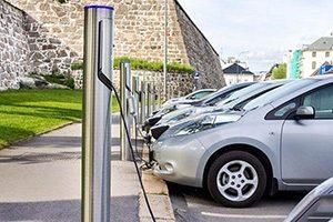 چگونگی افزایش طول عمر باتری خودروهای الکتریکی